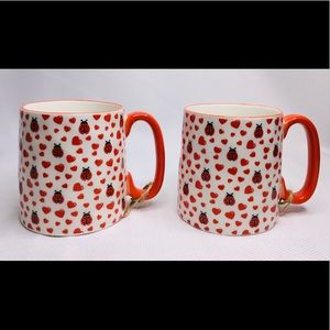 Lot of 2 ladybug heart mug 10 STRAWBERRY STREET